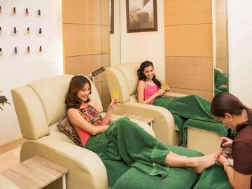 Hotel: Sofitel Philippine Plaza