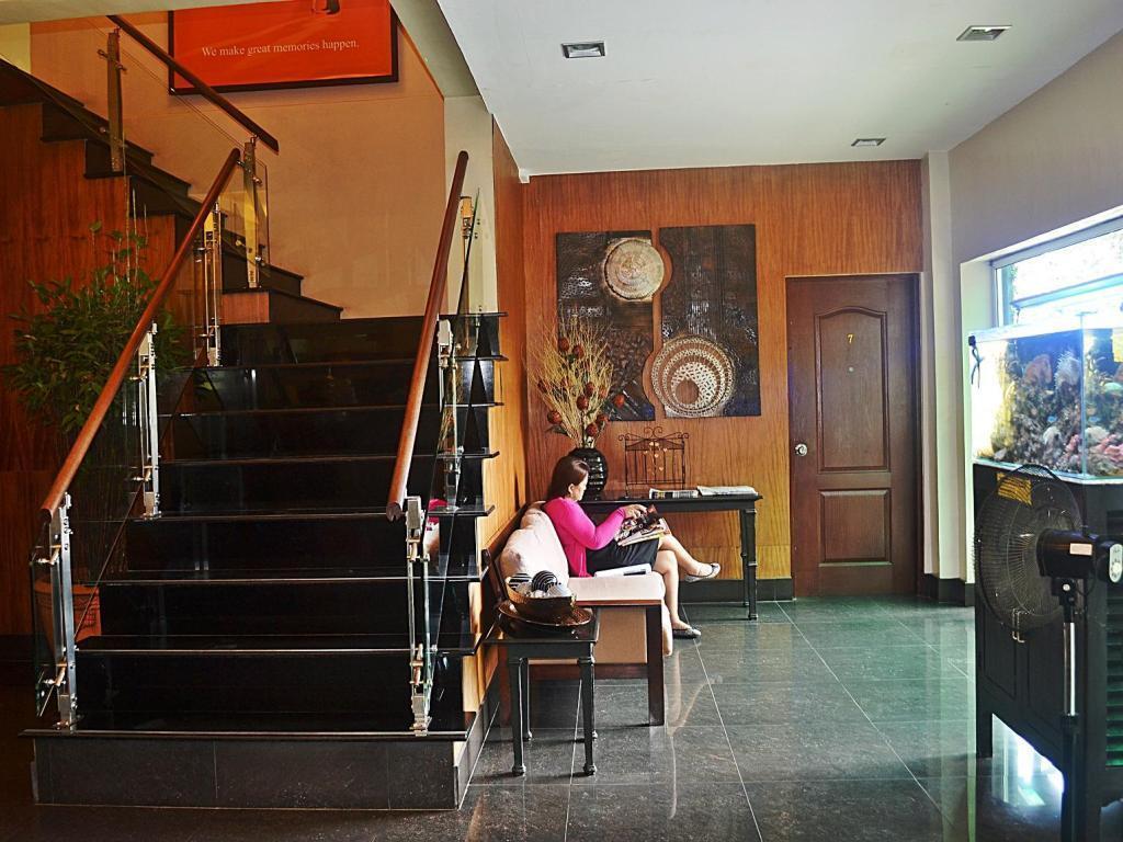 Tagaytay Viewpark Hotel