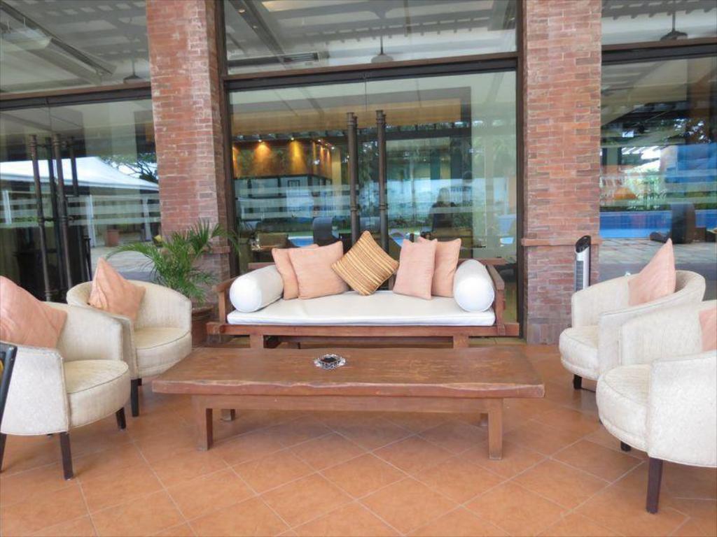 Pontefino Hotel and Residences