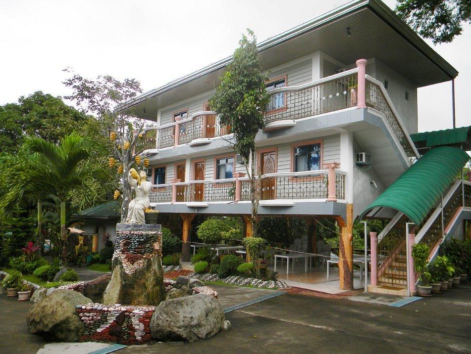 Villa Gregoria Resort