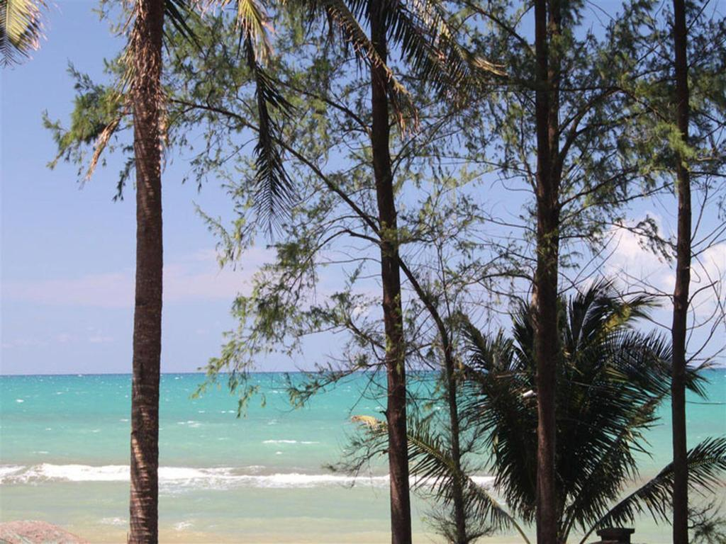 Blue Pavilion Beach