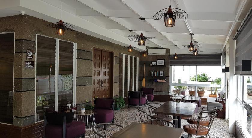 Casa Estela Boutique Hotel & Cafe