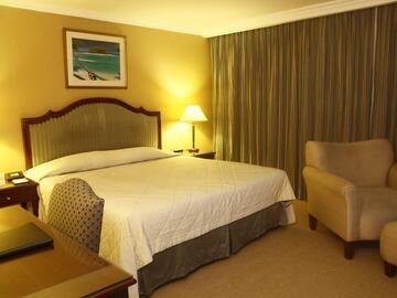 Condotel: Herald Suits Hotel