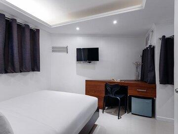 Hotel: OYO 232 Nest Nano Suites