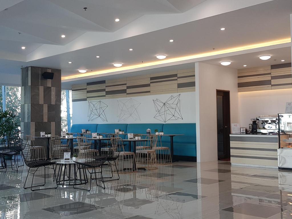Travelite Hotel Legarda