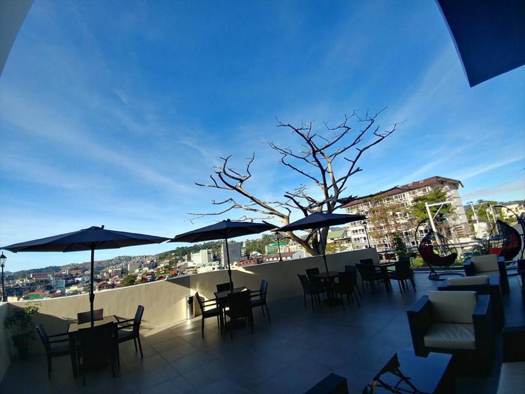 V Hotel Baguio