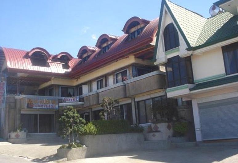 RK's Garden Breeze Hotel and Restaurant
