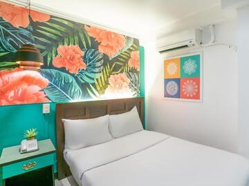 Hotel: ASIANA INN