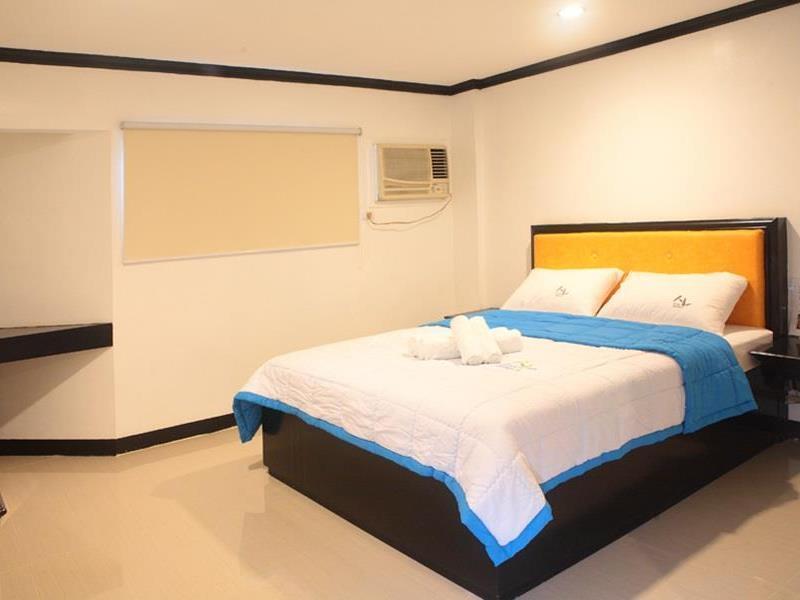 V.F. FOUR SEASON HOTEL