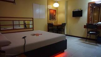 Hotel Sogo - Santolan