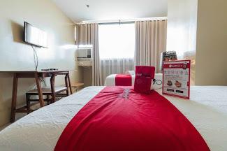 Hotel RedDoorz Plus @ EDSA Congressional