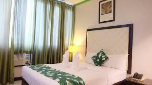 Green Banana Business Hotel