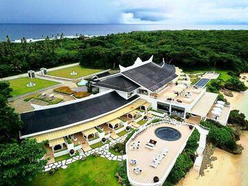 Hotel resort: Balesin Island Club